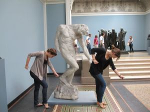all the single ladies statue